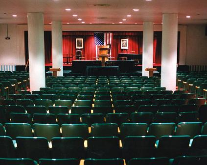 Greenbrier bunker - Congressional meeting room